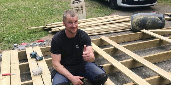 Bilder från när båtklubben bygger ny brygga 18 maj 2019